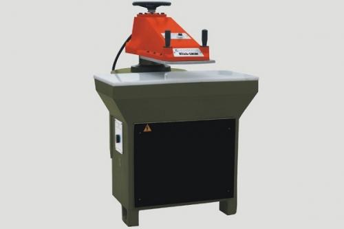 XCLB2-200 摇臂裁断机