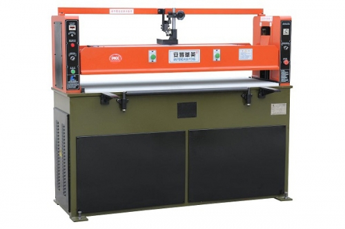 厂家直销 正品保证 XCLP2-250/300 液压薄膜裁断机 汽车垫下料机 地毯模切机